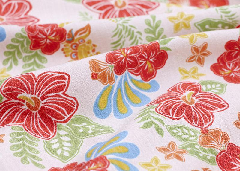 アロハシャツ−かりゆしウェア|トロピカルシーサーハイビ(開襟シャツ) メンズの生地は、よくアロハシャツに用いられる