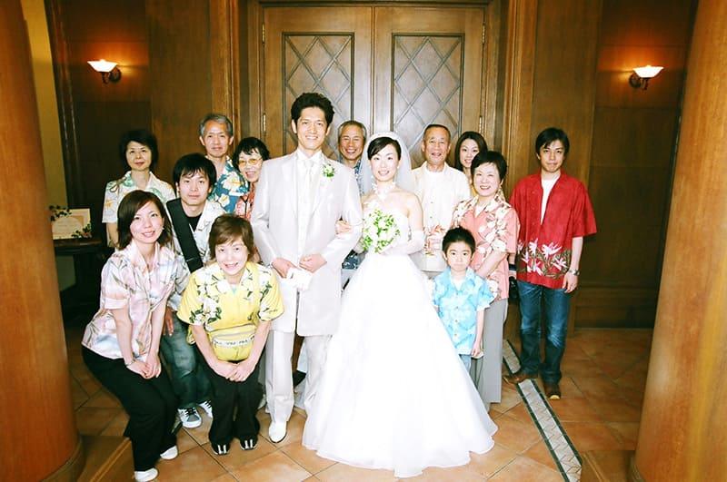 沖縄結婚式(かりゆしウェディング)記念写真を2008年5月11日にご提供いただきました。