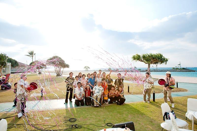 沖縄結婚式(かりゆしウェディング)記念写真を2010年11月26日にご提供いただきました・3枚目。
