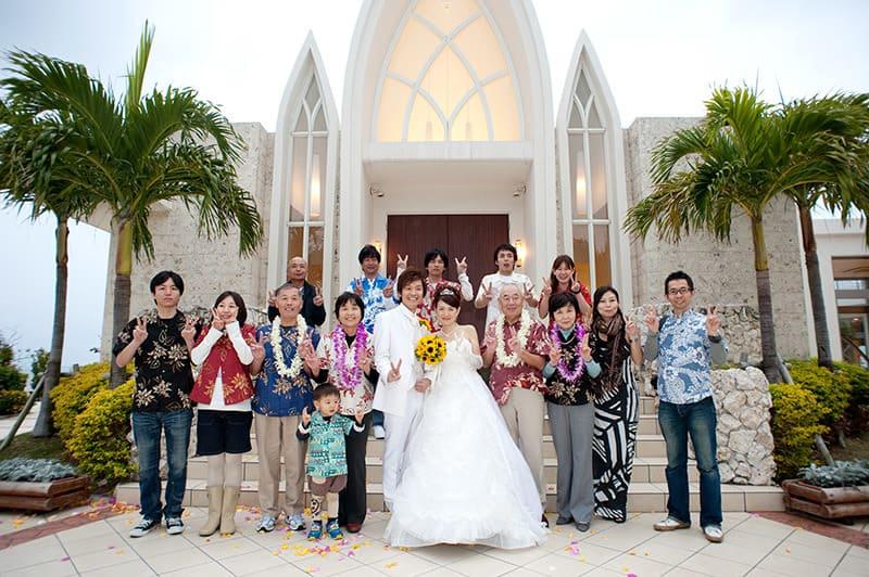 沖縄結婚式 アクアグレイスチャペル かりゆしウエディング