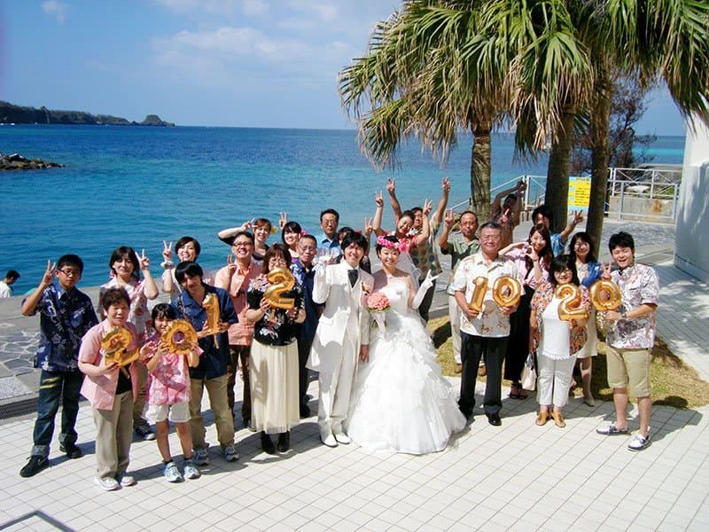 青い空青い海 沖縄結婚式 ルネッサンス・リベーラ教会 かりゆしウエディング