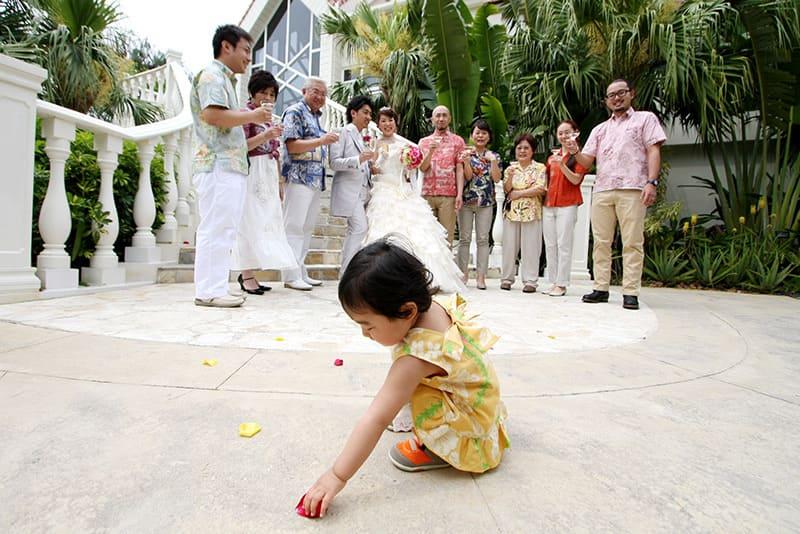 沖縄結婚式(かりゆしウェディング)記念写真を2013年5月28日にご提供いただきました。