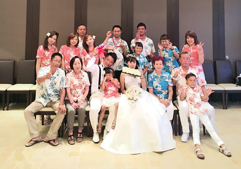 沖縄結婚式(かりゆしウェディング)を2016年10月10日に挙式しました。
