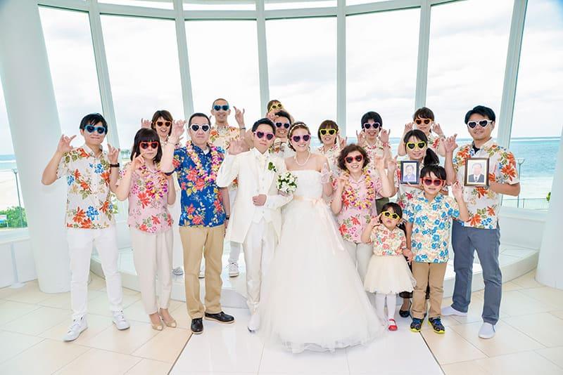 沖縄結婚式 白の教会 かりゆしウエディング