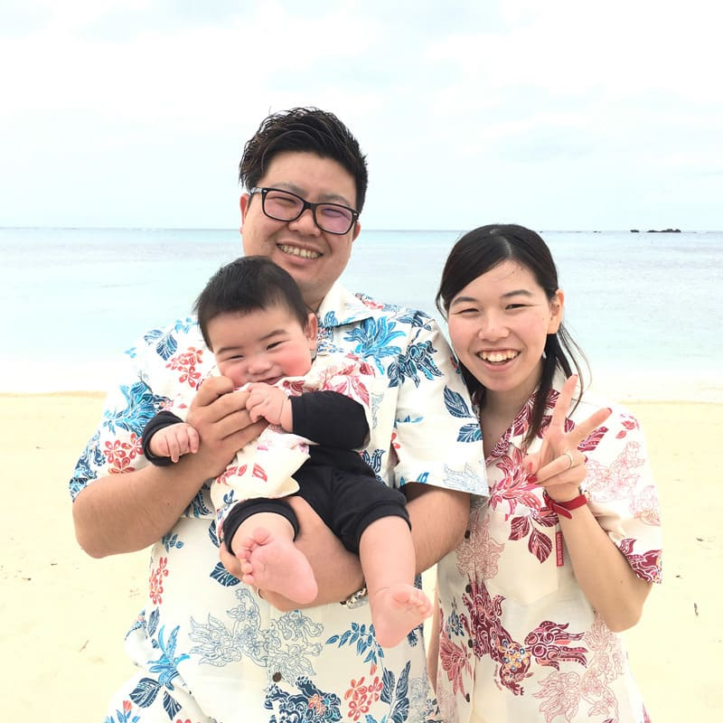 沖縄結婚式 家族おそろい かりゆしウエディング
