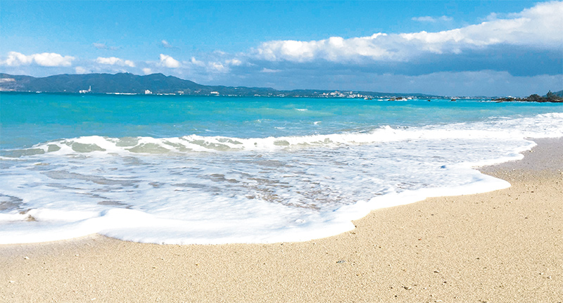沖縄LOVE100%の私らしい沖縄デザインをかりゆしウェアに表現