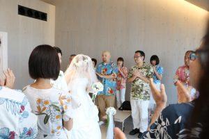 沖縄 結婚式 かりゆしウェア