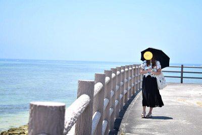 アロハシャツ 海