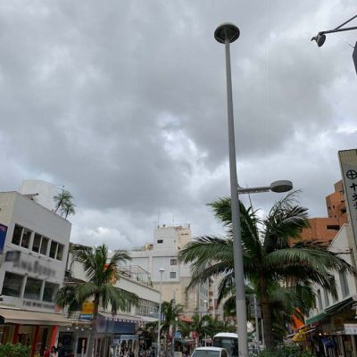 曇りの国際通り