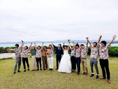 沖縄結婚式 空と海の教会 かりゆしウエディング
