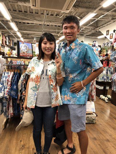 沖縄旅行にかりゆしウェアにお着替え