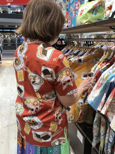 沖縄のアロハシャツ