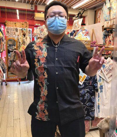 沖縄のかりゆしウェア