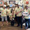 沖縄アロハシャツをみんなでお揃いで〝おきなわ楽しーさー〟