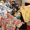 かりゆしウェアの日 かりゆしウェア 沖縄アロハシャツ スタッフ写真